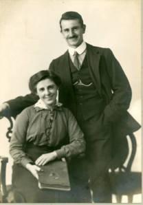 Laura & Wilf in 1919